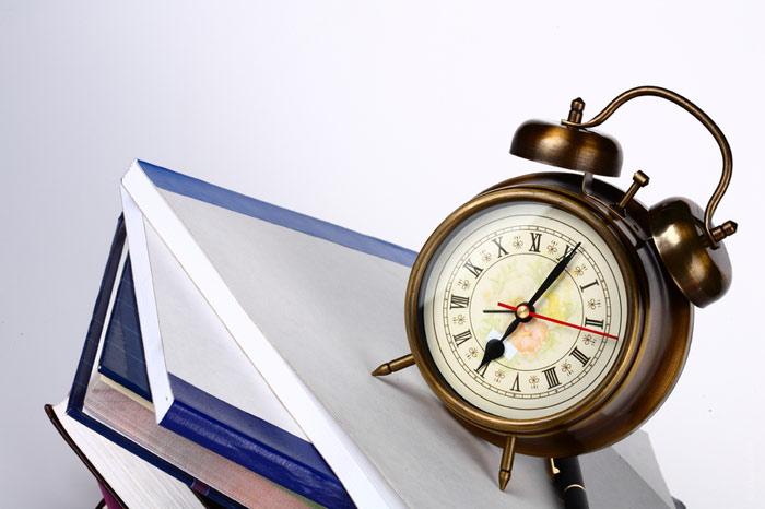 700-clock-time-management-sleep-alarm
