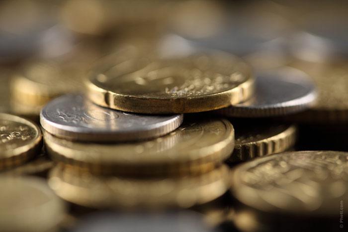 700-money-coins-wealth