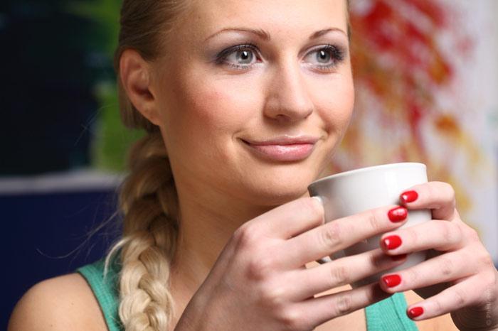 700-breakfast-food-diet-woman-smile-tea-drink-diet-weight-loss