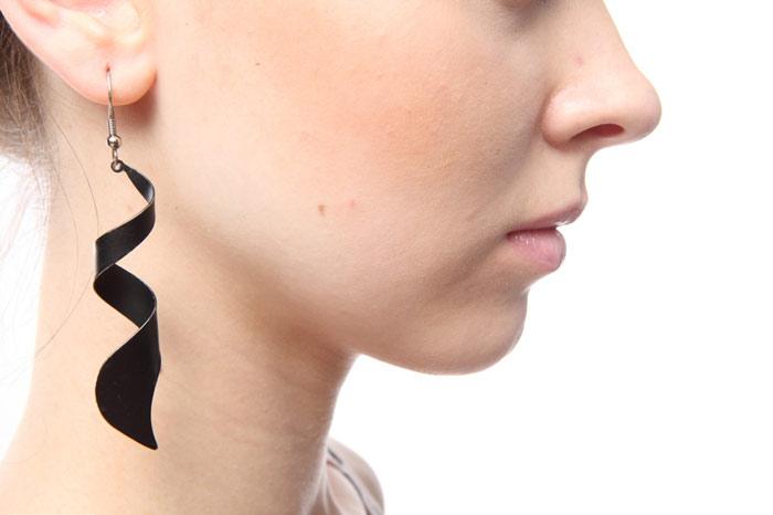 700-ear-beauty-accessories