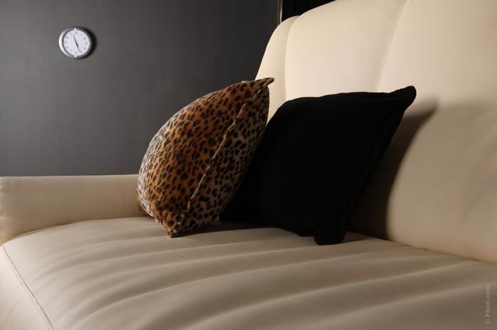 home-sofa-house-pillow-sleep