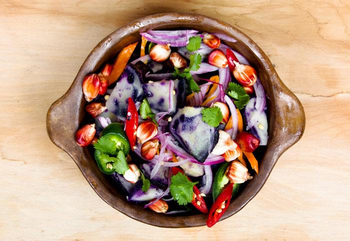 food-eat-saladdiet-paprika-vegetarian-tomato