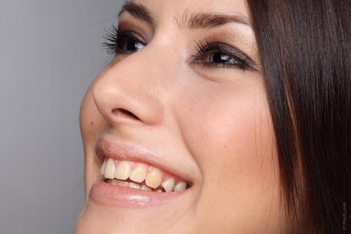 700-face-makeup-beauty-woman-skin-facial-care-smile-teeth-eye-eyelid-mascara-eyeshadow